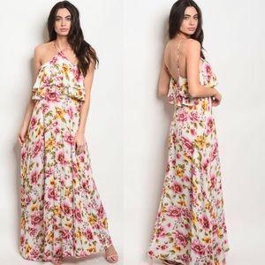 Dresses & Skirts - Floral Flutter Maxi Dress